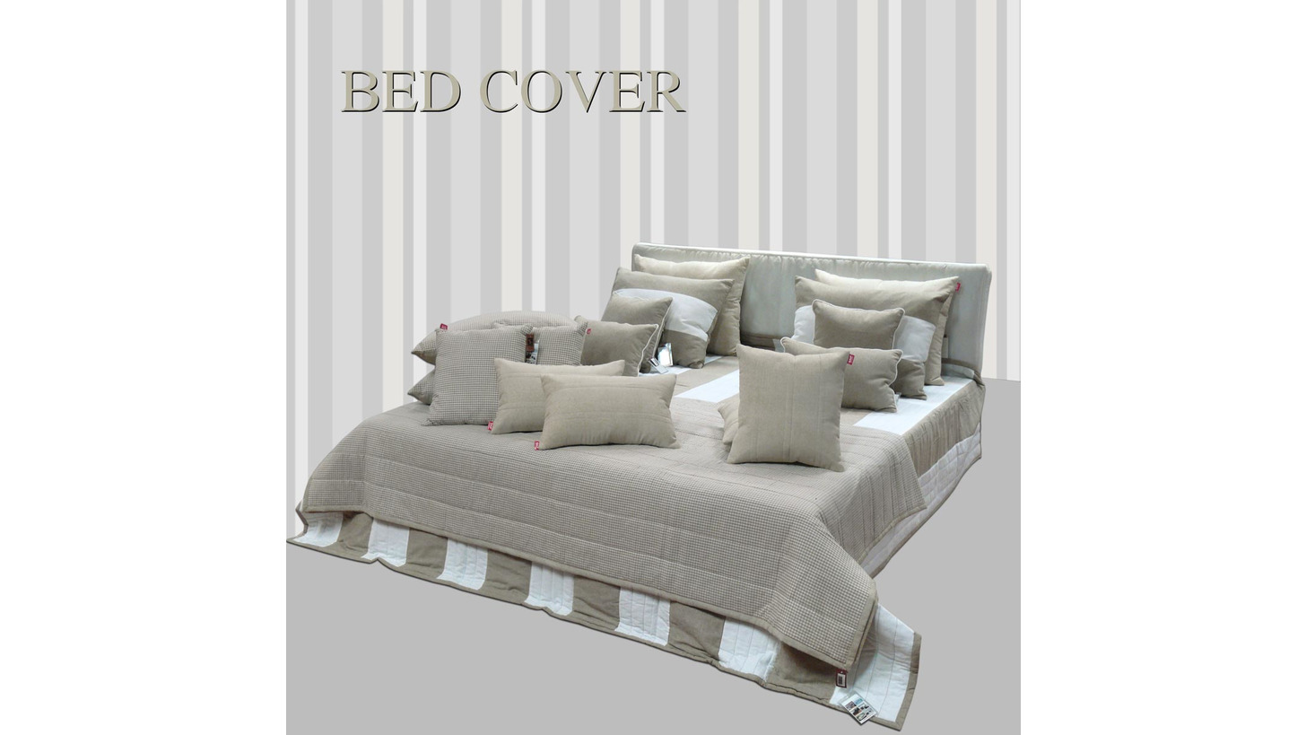 Logo Bed Covers