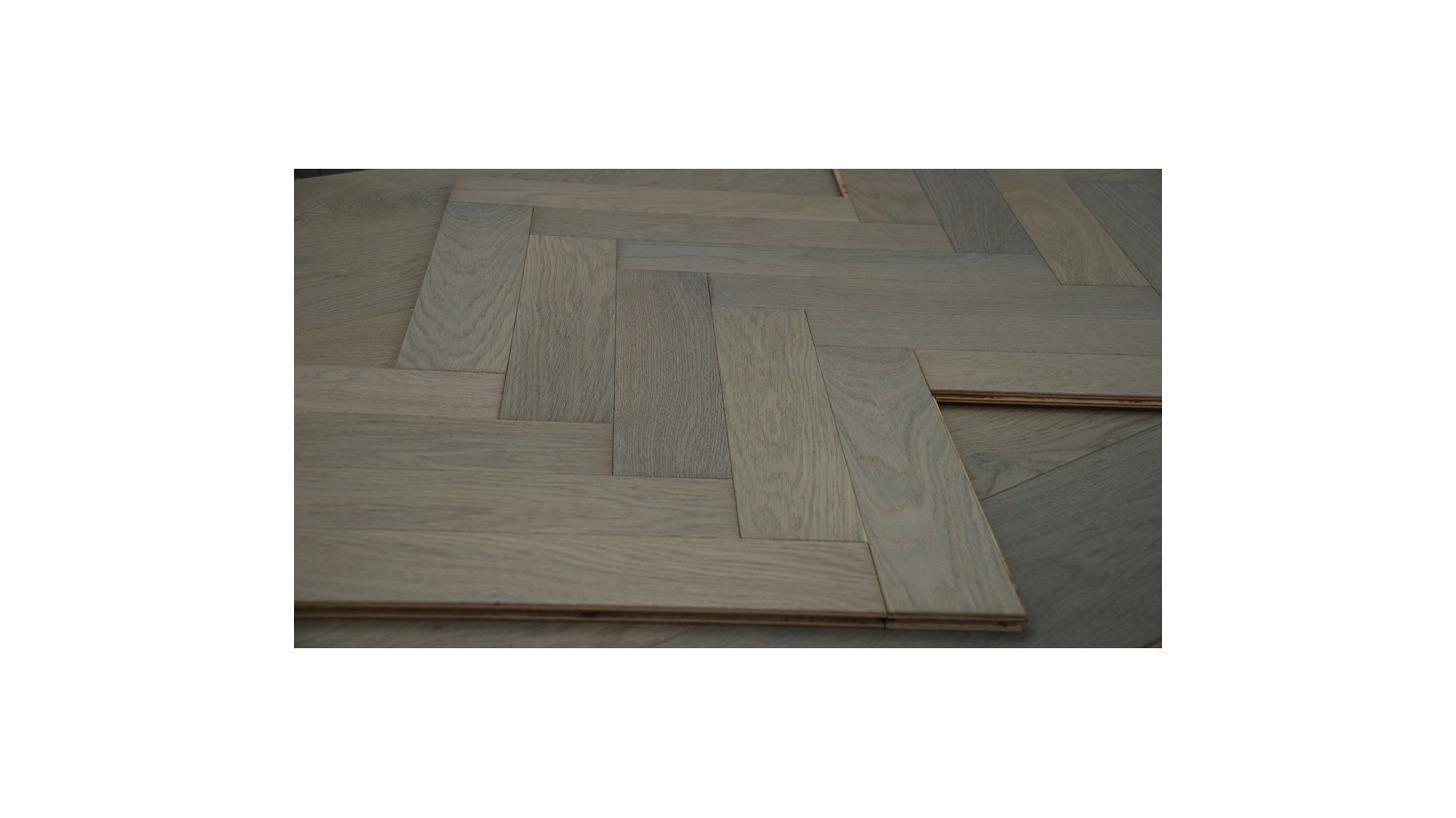Logo 90Degree Herringbone engineered flooring