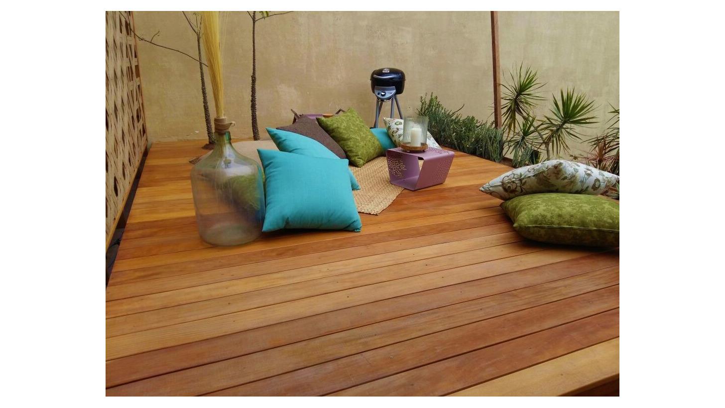 Logo Amaz Floors hardwood floors