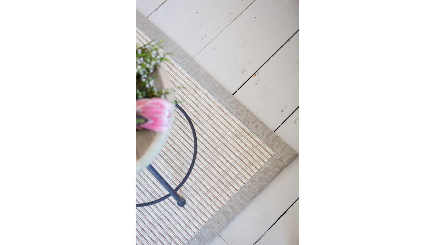 Logo Tunturi Wolle-Papierschnurteppich