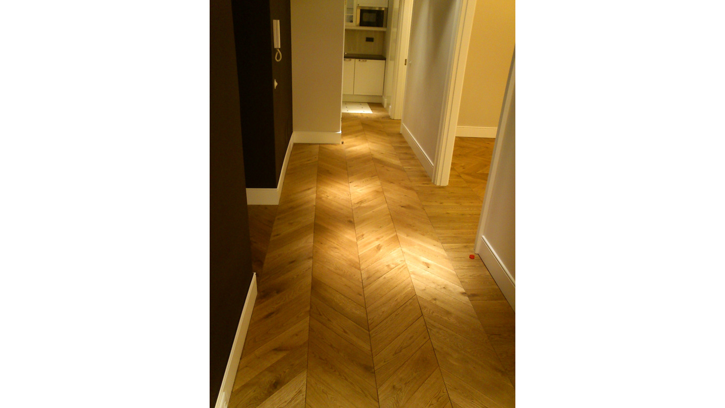 Logo Herringbone and Hungarian Points parquet