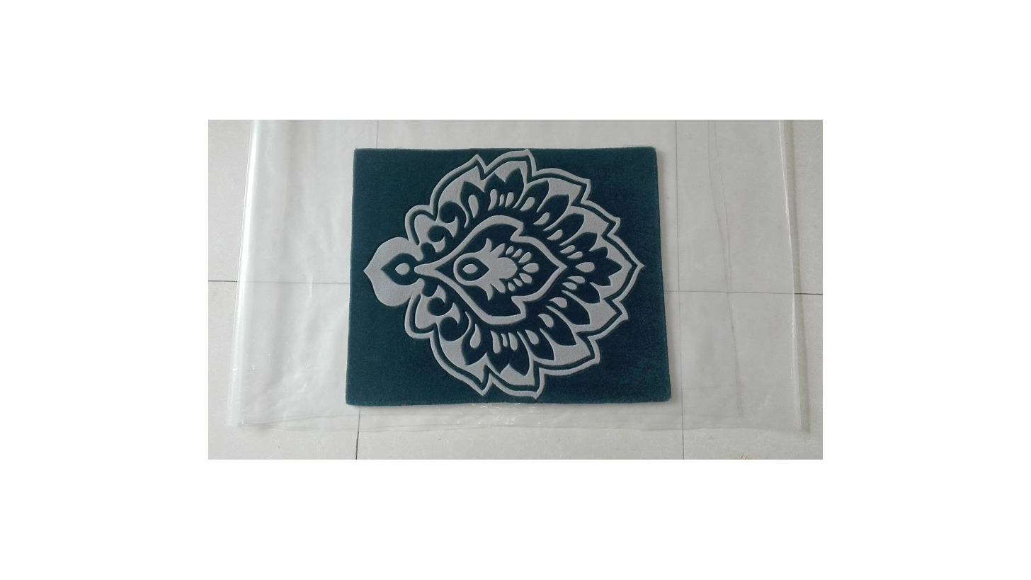 Logo Hand tufted carpet