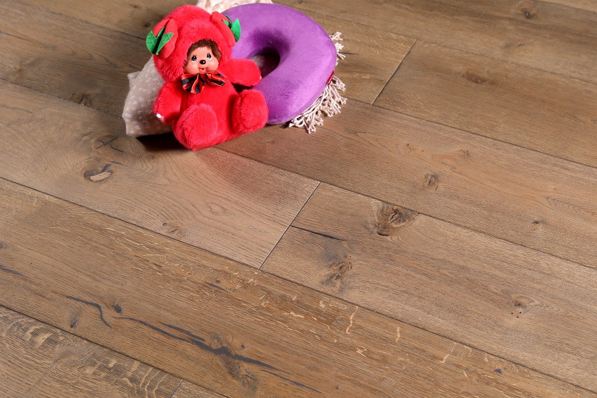 Logo Multi-Layer Oak Flooring-HS.Collections