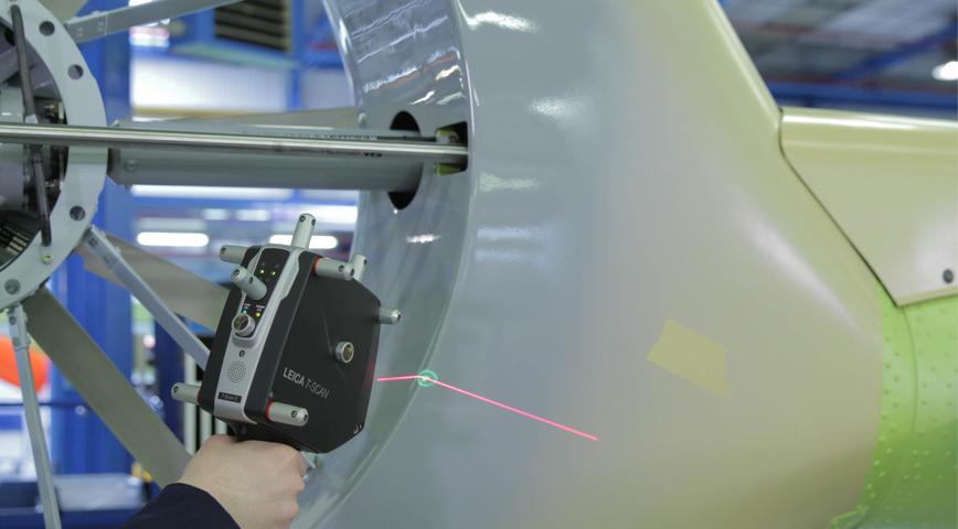 Logo Messtechnik mit Laser Tracker System