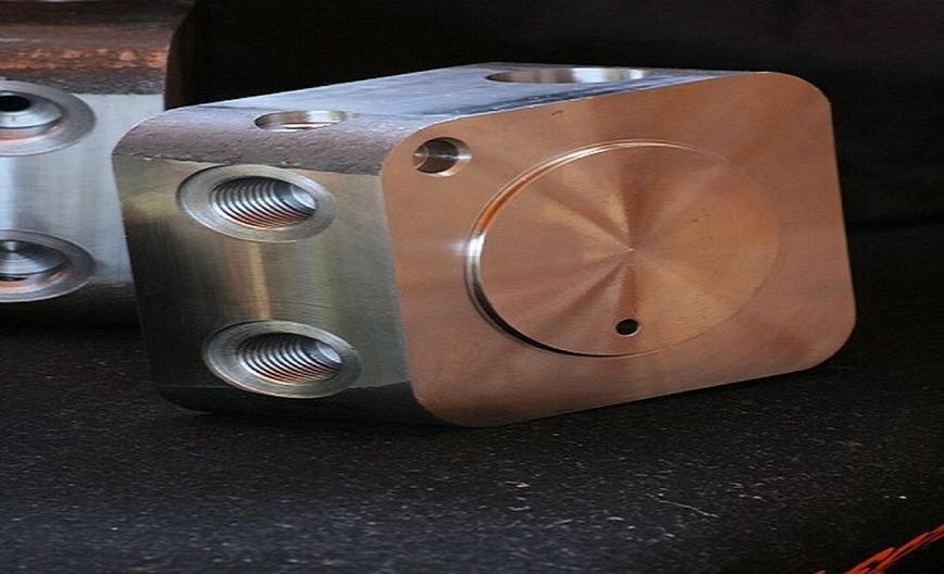 Logo Hydraulic Cylinder Precision Parts