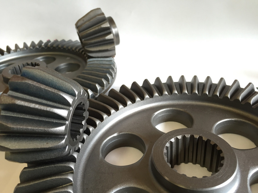 Logo Straight Bevel Gear and Pinion