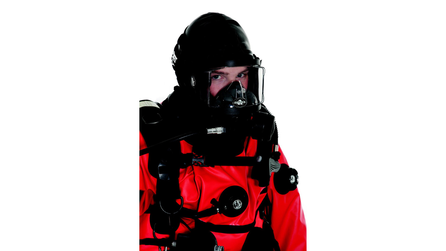 Logo Dry Suits