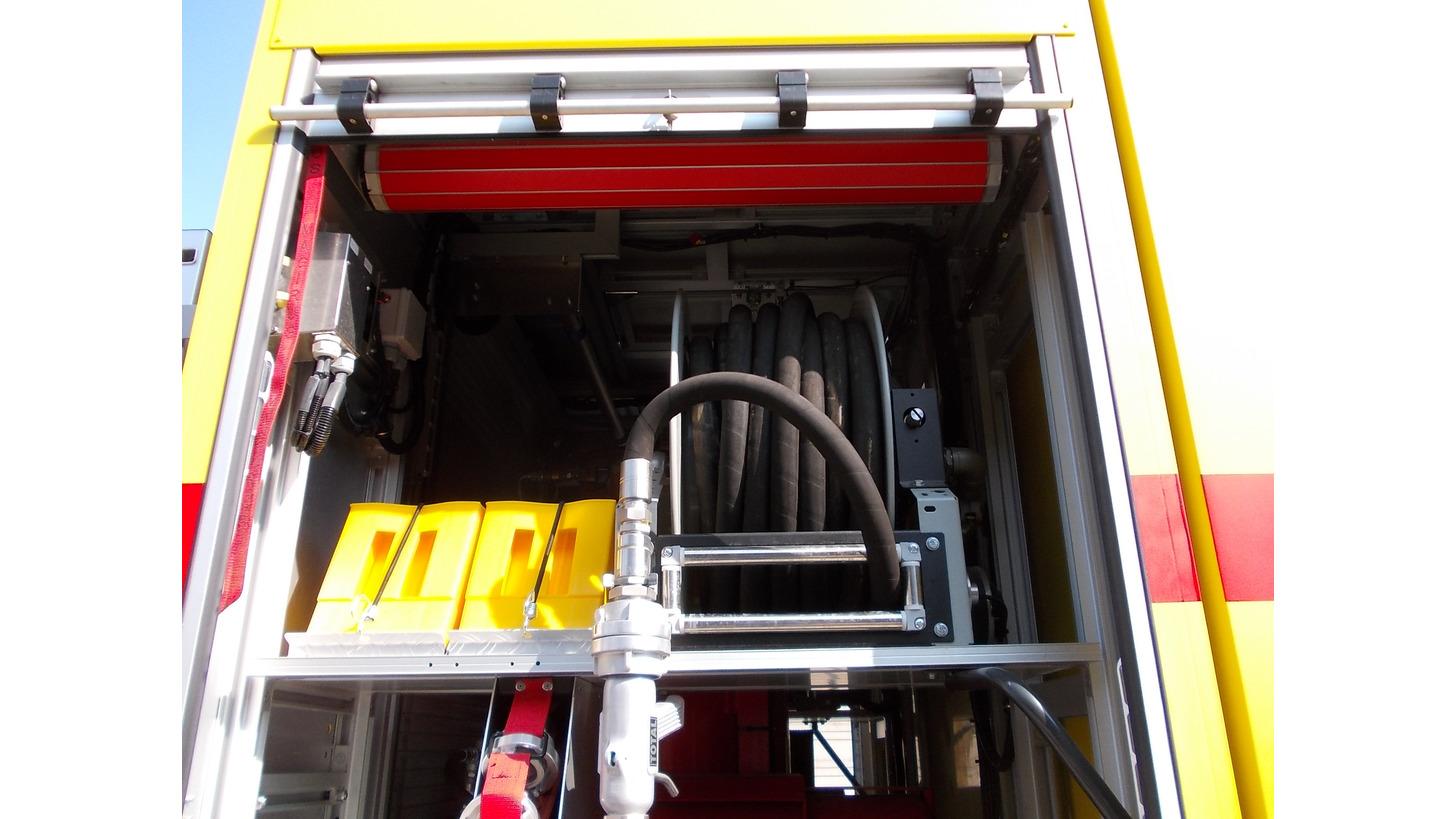 Logo 1600 Series Fire-fighting hose reel