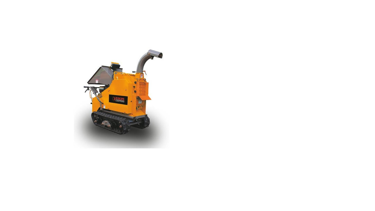 Logo The C140 compact woodchipper