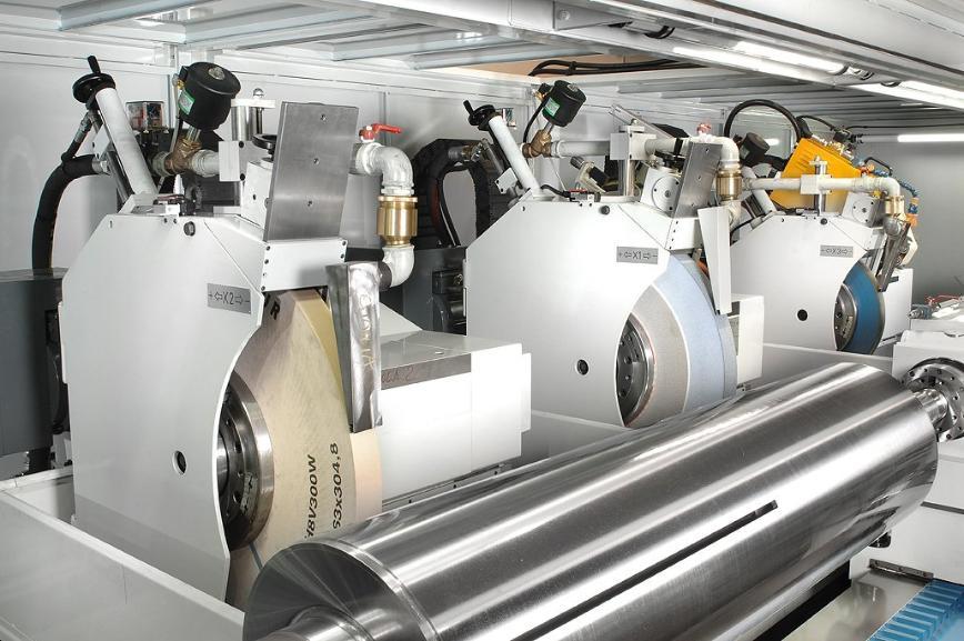 Logo Wheel moving universal grinding machine series R/163-CNC