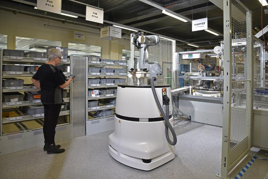 Logo Mobile platforms in general use - HelMo the mobile robot system