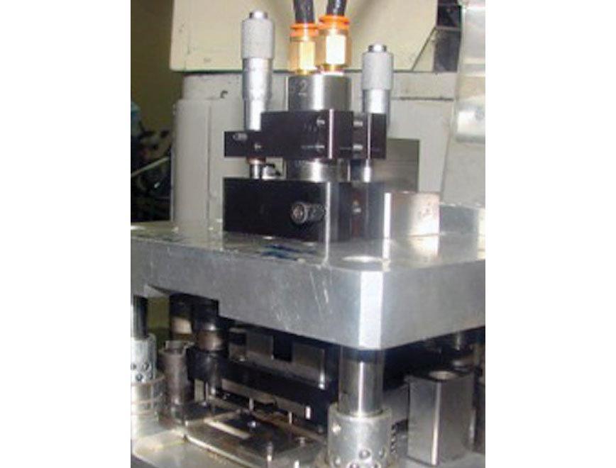 Logo Greifer und Werkzeug für Roboter - 740MX