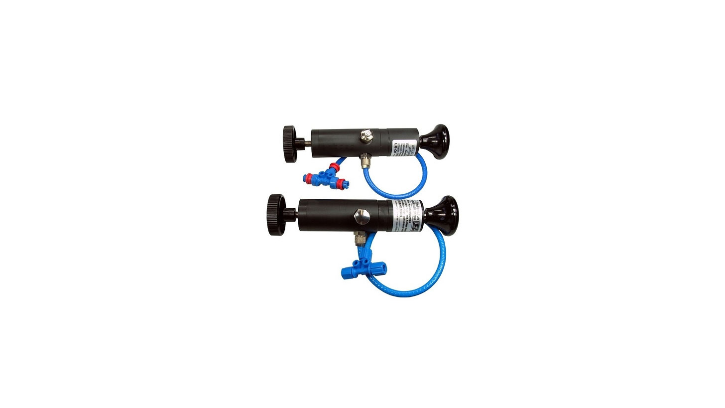 Logo LR-Cal Calibration Handpump Types 2911 and 2941