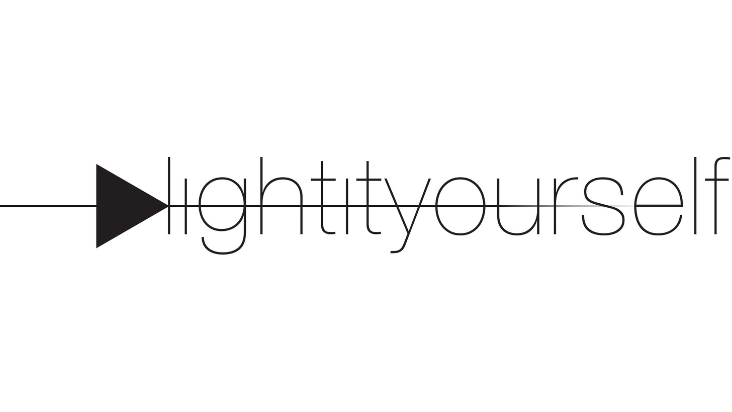 Logo Makers Community LIY «Light It Yourself»