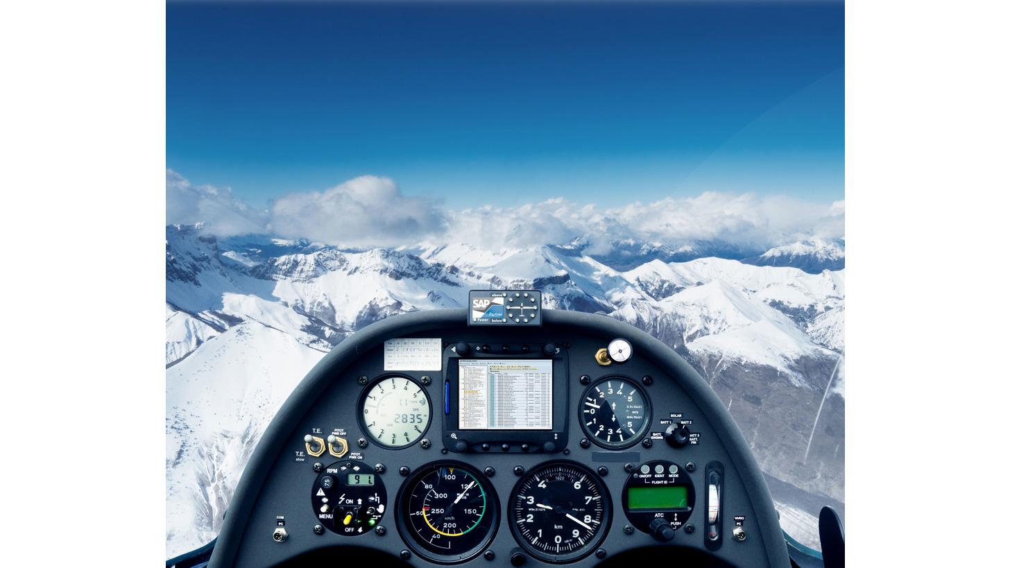 Logo //SOMA® MOCO  Monitore & Cockpits
