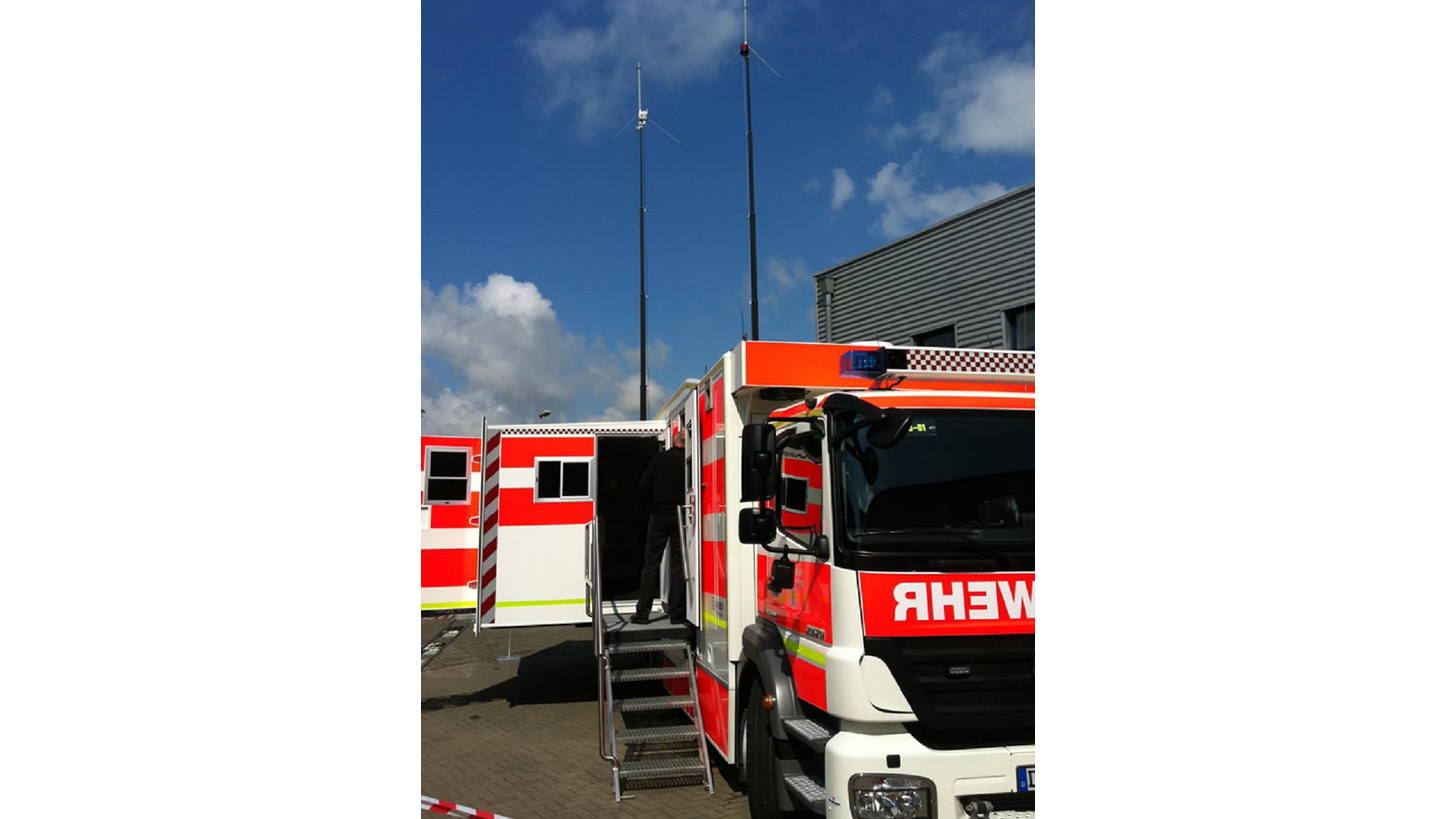 Logo Mast systems and Lighting technology