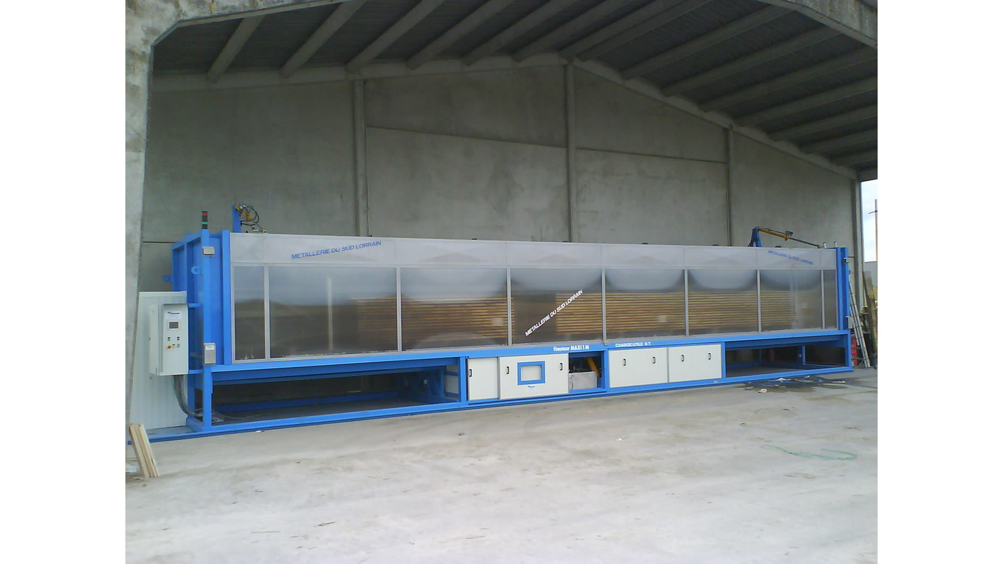 Logo Spraying booth for treatment of stacks