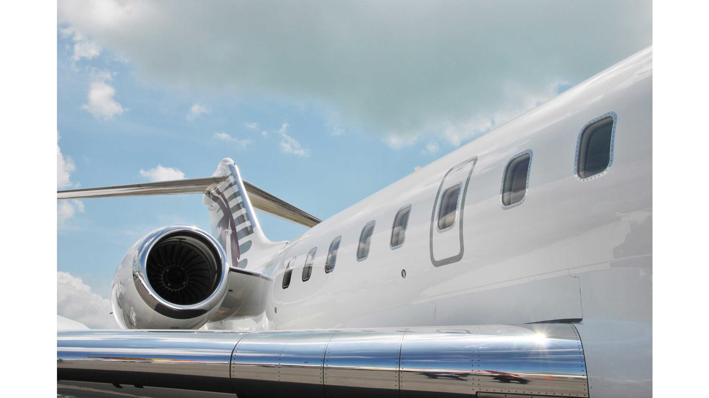 Logo Reinigung in der Luftfahrtindustrie