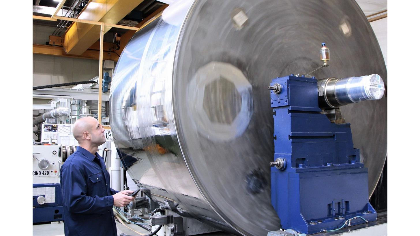 Logo Cylindrical grinding / Polishing